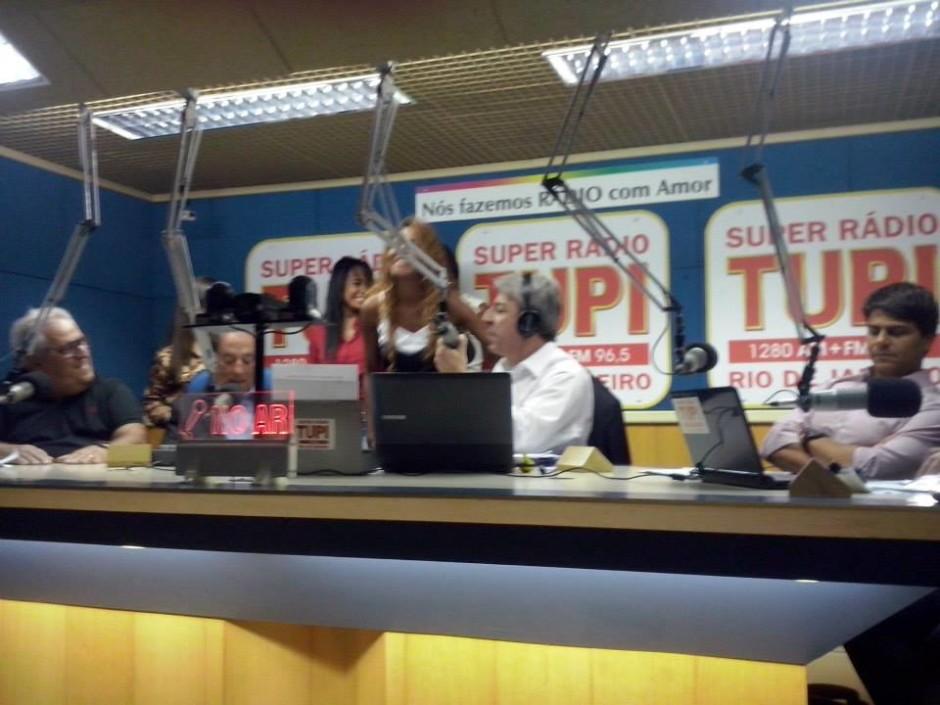 Aniversário do Show da Manhã com Clóvis Monteiro